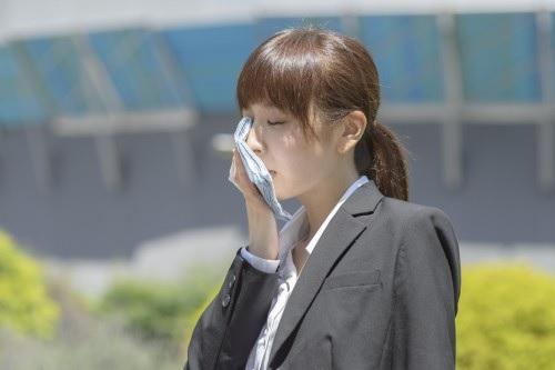 夏バテと冷房で衰える汗をかける力 | 健康トピックス